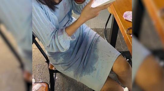 女孩被用奶茶浇头怎么回事?女孩被用奶茶浇头现场视频