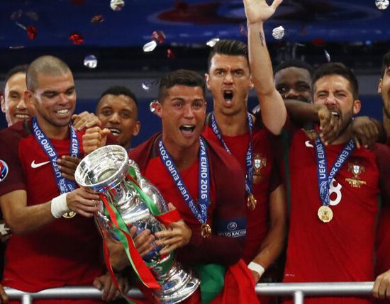 欧洲杯2016葡萄牙vs法国比分1—0绝杀视频 C罗受伤及进球精彩视频汇总